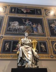 Louvre victoire