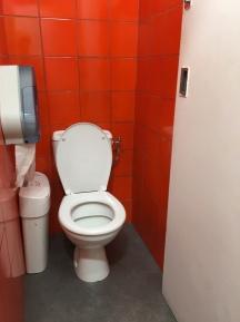 WC th de la V